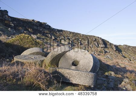 Millstones at Stanage Edge, Peak District, UK