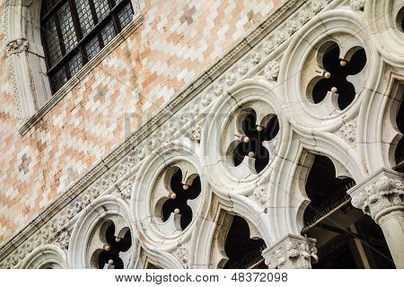 Palazzo Ducale Detail
