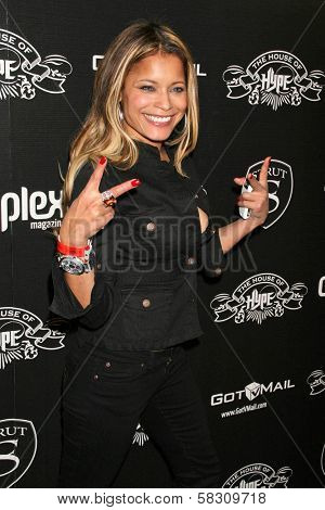 Blu Cantrell at