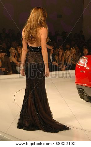 Denise Richards inside at the 2006 GM TEN Fashion Show. Paramount Studios, Hollywood, CA. 02-20-07