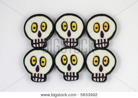 Skull erasers