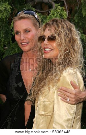 Nicolette Sheridan and Dyan Cannon at 2006 Safari Brunch Fundraiser For The Wildlife Waystation. Playboy Mansion, Los Angeles, CA. 10-14-06