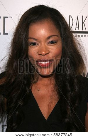 Golden Brooks at the Sonya Dakar Skin Clinic Opening. Sonya Dakar SKin Clinic, Beverly Hills, CA. 10-24-06
