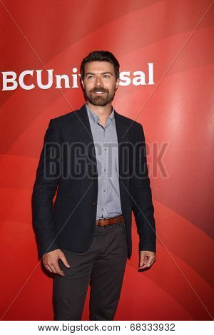 LOS ANGELES - JUL 14:  Noah Bean at the NBCUniversal July 2014 TCA at Beverly Hilton on July 14, 2014 in Beverly Hills, CA