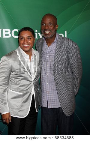 LOS ANGELES - JUL 14:  Bishop Clarence McClendon, Bishop Noel Jones at the NBCUniversal July 2014 TCA at Beverly Hilton on July 14, 2014 in Beverly Hills, CA