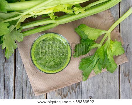 Fresh Celery Smoothie Juice