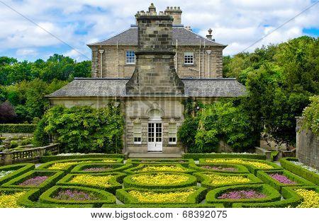 Formal Garden At Pollok House In Pollok Country Park, Glasgow, Scotland, Uk