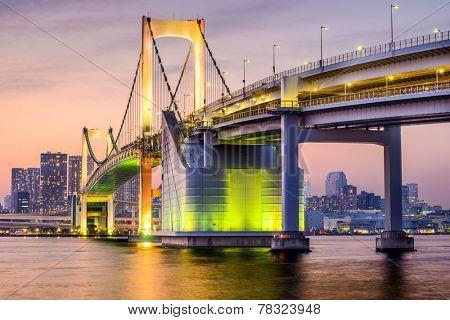 Tokyo, Japan cityscape at Tokyo Bay.