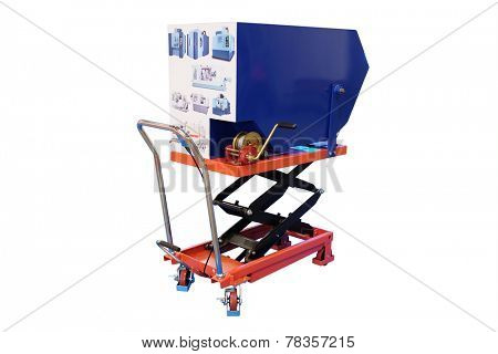 image of a manual cart elevator with a trash bin