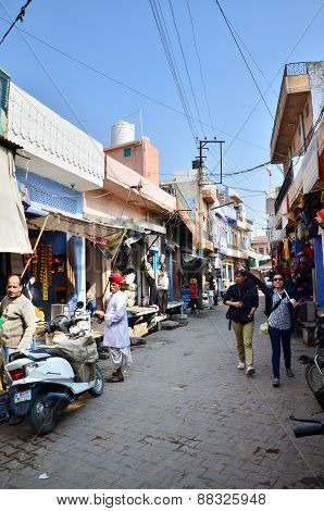 Jodhpur, India - January 1, 2015: Tourist Visit Traditional Village In Jodhpur