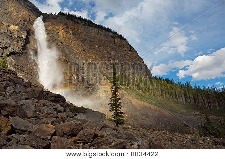 Takkakaw Waterfalls