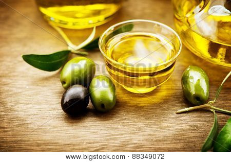 Olive Oil. Bottle of Virgin Olive Oil. Olives and Healthy Olive oil bottle. Diet. Dieting concept. Healthy eating