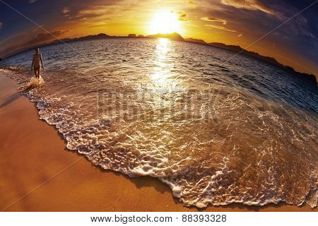 Tropical beach at sunset, El-Nido, Philippines, fisheye shot
