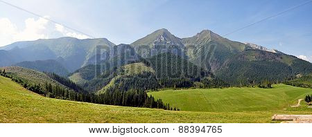 panoramic view of the mountains, Belianske Tatry, Slovakia, Europe