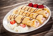 picture of crepes  - Crepes with strawberries and cream - JPG