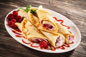 image of crepes  - Crepes with raspberries and cream - JPG