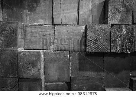Overlap wood.