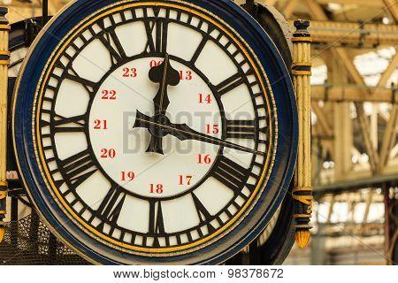 Clock At Waterloo Train Station, London England Uk.