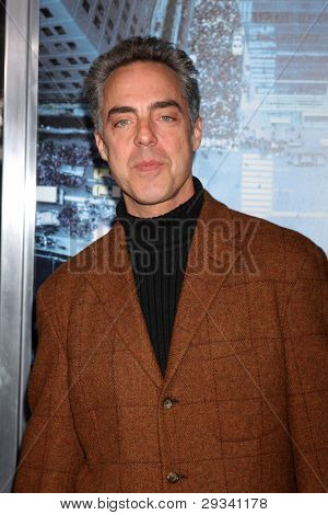 LOS ANGELES - JAN 23:  Titus Welliver arrives at  the