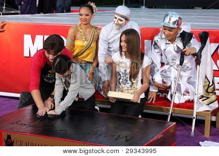 LOS ANGELES - JAN 26: Prince Jackson, Blanket Jackson, Paris Jackson at the Michael Jackson Immortalized  Hand and Footprint Ceremony at Graumans Chinese Theater on January 26, 2012 in Los Angeles, CA