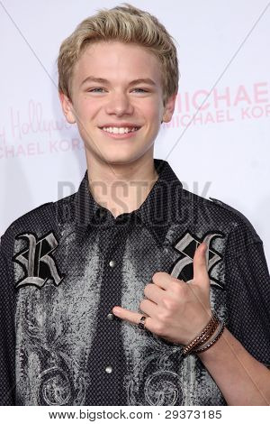 LOS ANGELES - OCT 1:  Kenton Duty arrives at the 8th Teen Vogue Young Hollywood Party - Red Carpet at Paramount Studios on October 1, 2010 in Los Angeles, CA