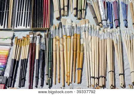 Brushes For Artists