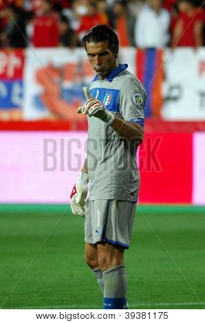YEREVAN - OCT. 12: Gianluigi Buffon of Italy National Team during the match Armenia-Italy 1:3 2014 FIFA World Cup qualification round October 12, 2012, Hrazdan stadium, Yerevan, Armenia