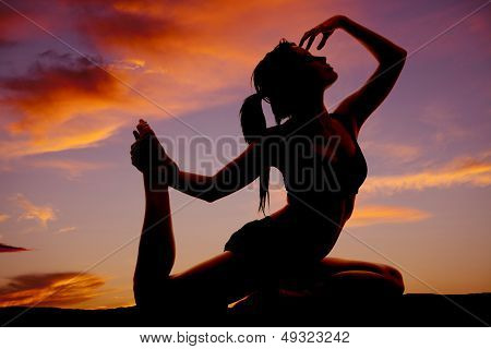 Silhouette Fitness Leg Up Hand Face