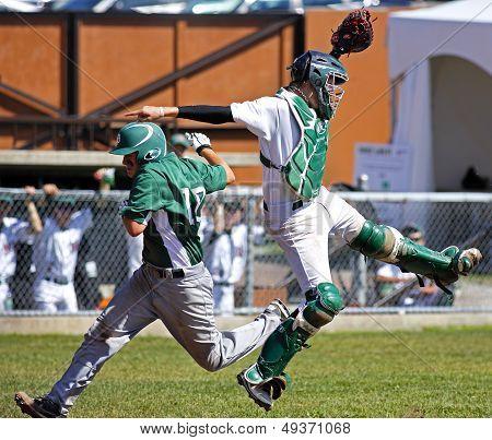 Canada Games Baseball Men Catcher Runner