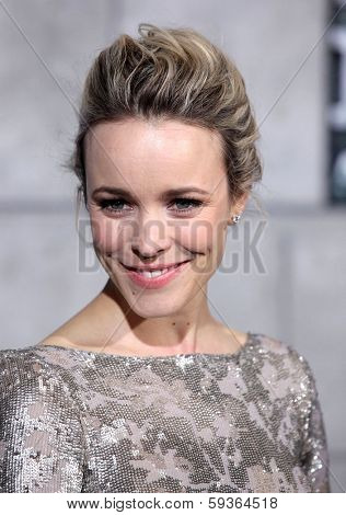 LOS ANGELES - DEC 06:  RACHEL McADAMS arrives to the