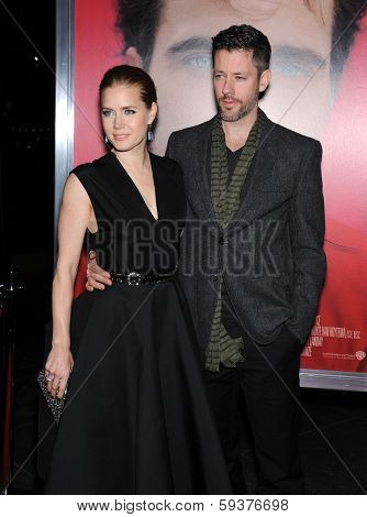 LOS ANGELES - DEC 12:  Amy Adams & Darren Le Gallo arrives to the
