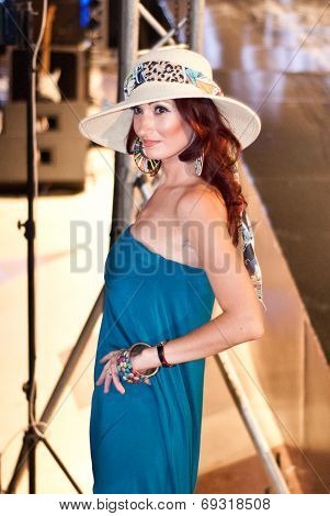 Fashion Show For Nancy Naguib Model 03 (medium Shot)