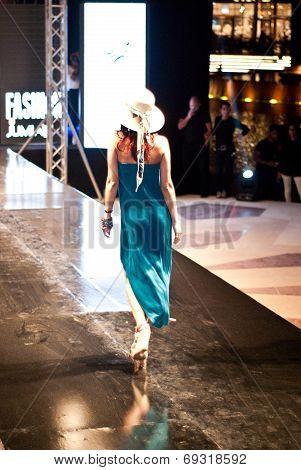 Fashion Show For Nancy Naguib Model 03 (back)