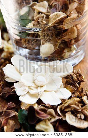 Potpourri, Dry flowers