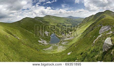 Brebeneskul Lake (1800 M)