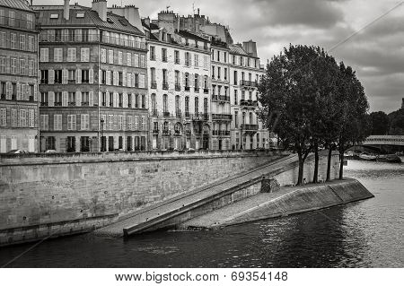 Seine River Bank on Ile Saint Louis, Paris, France
