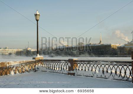 Terraplén de la Universidad de San Petersburgo