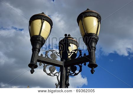 Attractive lantern with three arms