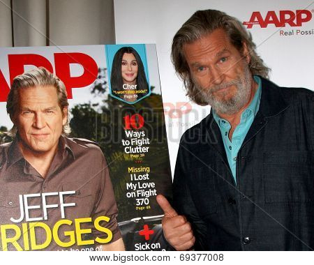 LOS ANGELES - AUG 1:  Jeff Bridges at the AARP Luncheon IHO Jeff Bridges at the Spago on August 1, 2014 in Beverly Hills, CA