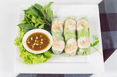 pic of bean sprouts  - Fresh Roll with shrimp inside and chicken tofu bean sprouts lettuces mint leaf cucumber carrots wrap and tamarind hoisin sauce - JPG