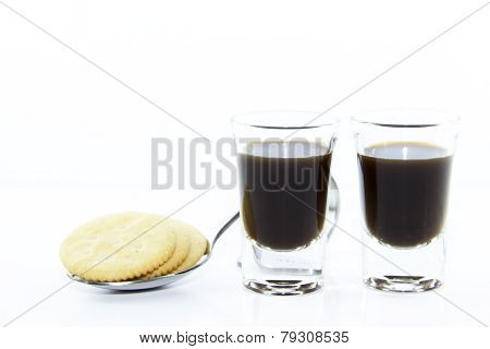 Two Espresso Shots With Cracker