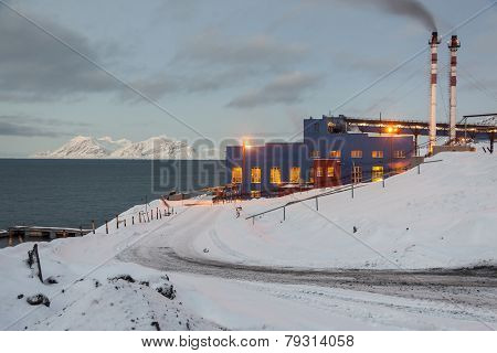 Power Station In Barentsburg - Russian Village On Spitsbergen