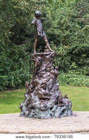 London, Uk - September 23, 2014: Peter Pan Statue In Kensington Gardens, London