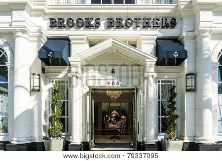Brook's Brothers Retail Store Exterior