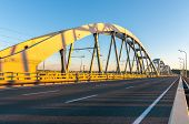 pic of bridge  - Metal arch bridge for cars and trains - JPG