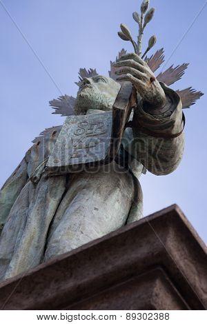 Sculpture In Dante Square