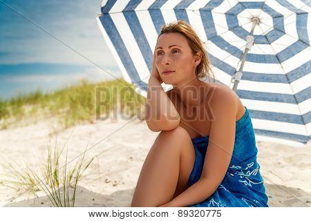 tanning brown relaxing horizon watchning female