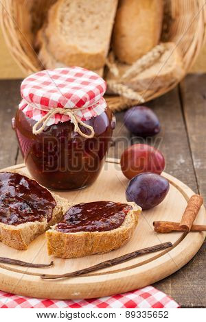 Bread with plum jam