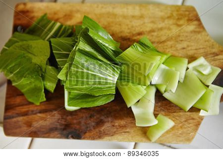 bok choy cut on the cutting board