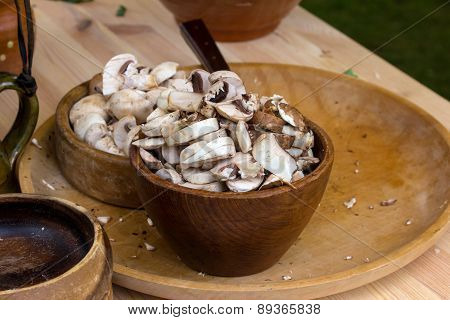 Chopped White Mushrooms